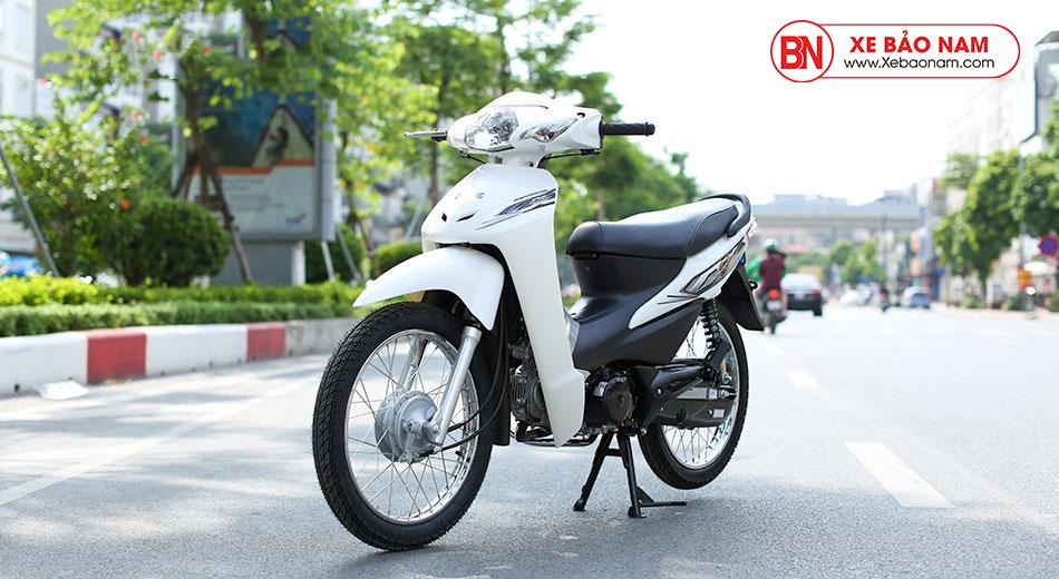 Xe máy Wave 50cc Victoria màu trắng